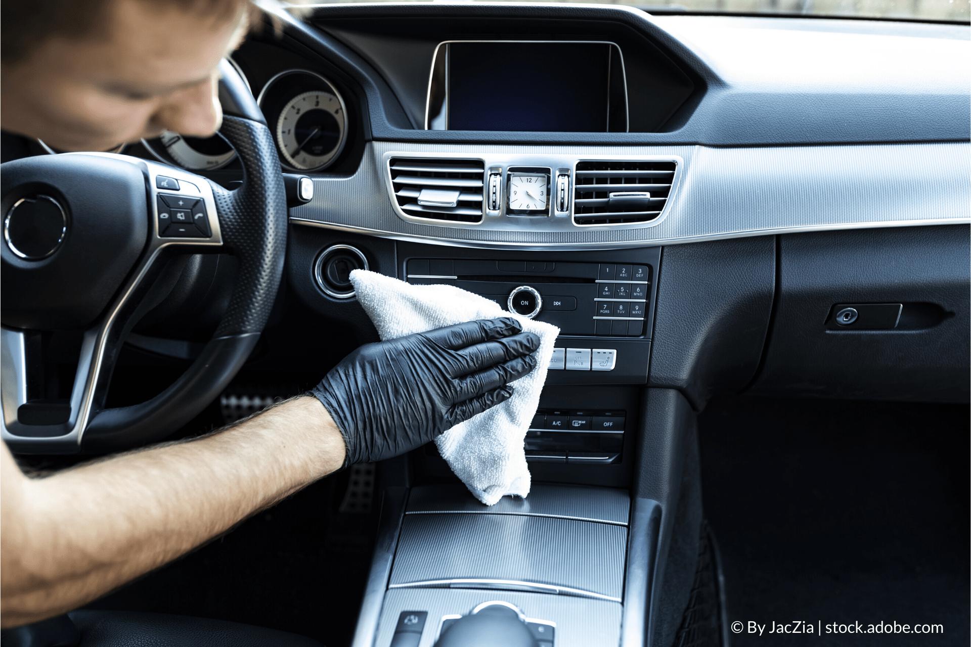 Hogyan tisztítsam az autóm belső terét?