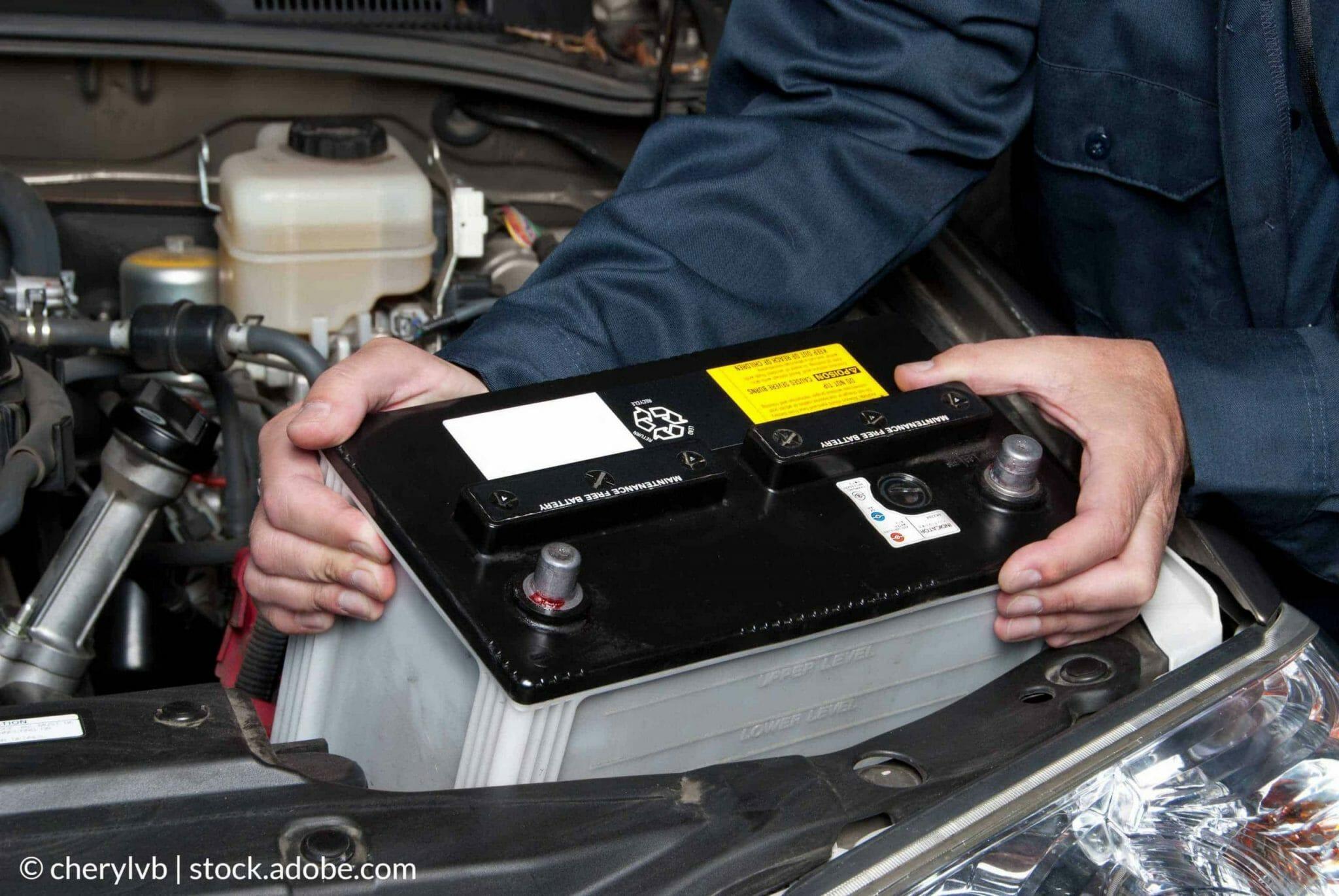 Az autó akkumulátorának cseréje, saját kezűleg, otthon